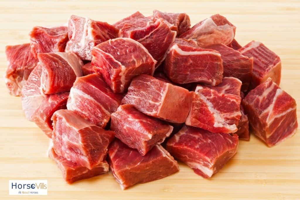 chopped fresh meats: can horses eat meat?